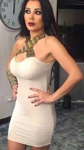 نجمات عربيات باللباس السكسي