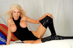 Kenzie Marie - Like My Boots y6wv5lttwk.jpg