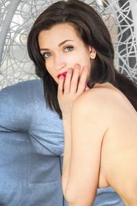 Lara D – Alsina -v6wv4gxv1g.jpg