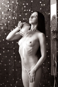 Veronica Snezna - Milk -16wv4rup7q.jpg