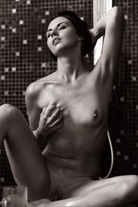 Veronica Snezna - Milk -06wv4ubfqp.jpg