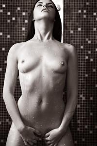 Veronica Snezna - Milk -p6wv4sejz7.jpg