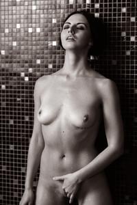 Veronica Snezna - Milk -z6wv4trtkq.jpg
