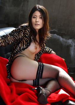 Kelly Chen fake nude photo