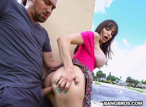 Lexi Luna - Lexi Having Wild Fun Around The City - Lexi Luna (PublicBang.com-2018)