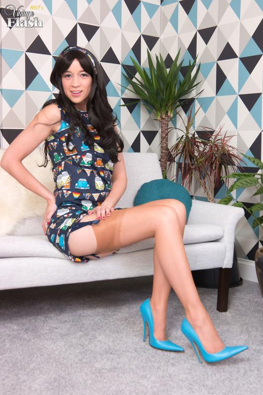 Tracy-Rose-Mid-Mod-Girl%21-p6qo2oeqrk.jpg