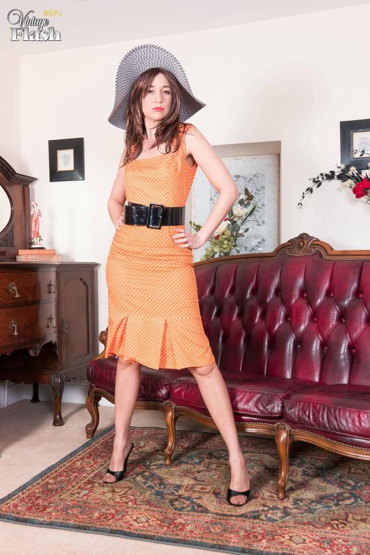 Tracy-Rose-Nyloned-and-heeled-to-ecstasy%21-y6qo2umnis.jpg
