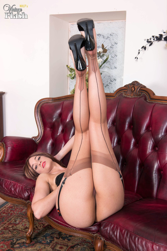 Tracy-Rose-Nyloned-and-heeled-to-ecstasy%21-c6qo2xtkru.jpg