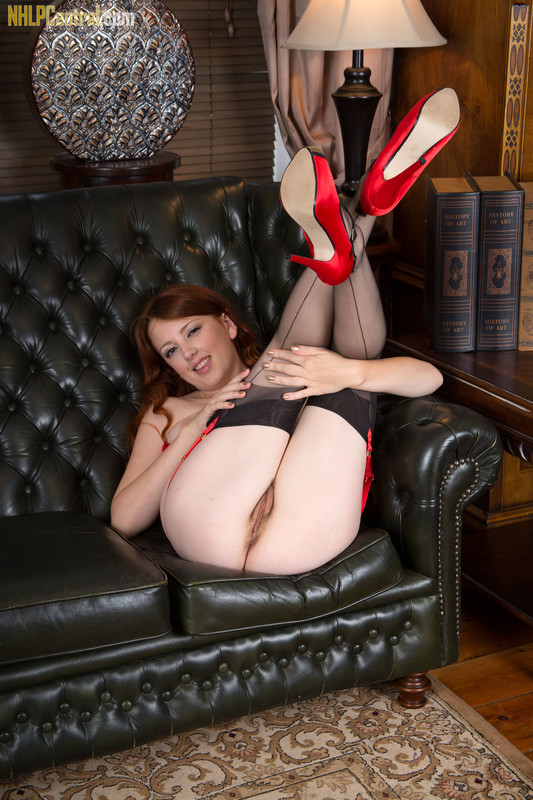 Jenny Smith - Lets get it on the sofa!