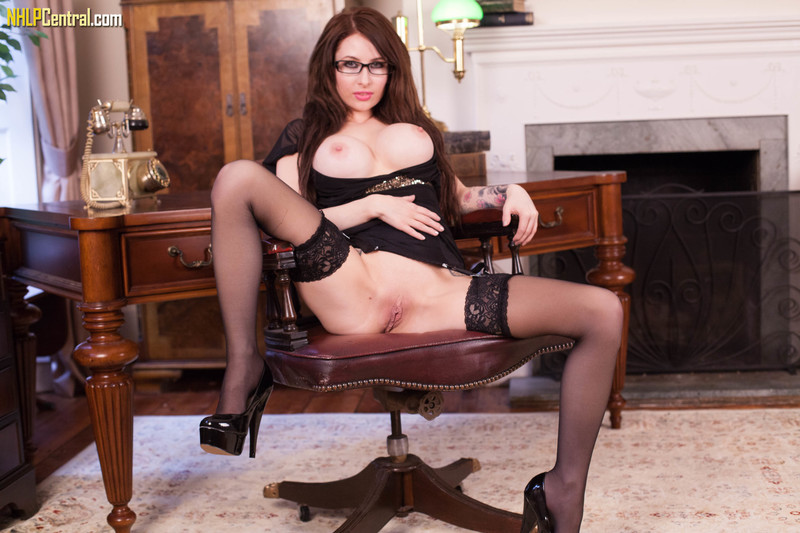 Layla Summers - Office super tease!