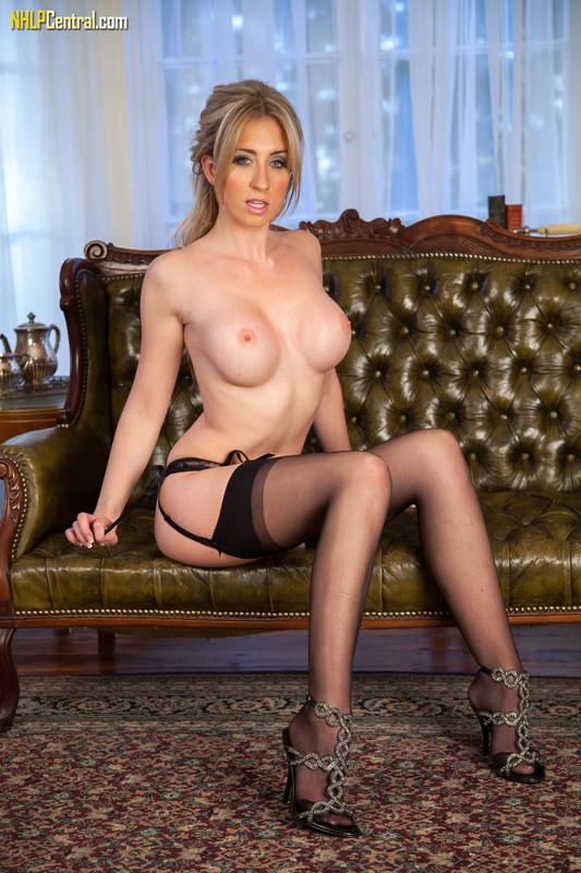 Perri Doran - Sexy ass leggy lovely! j6qp3a2xfy.jpg