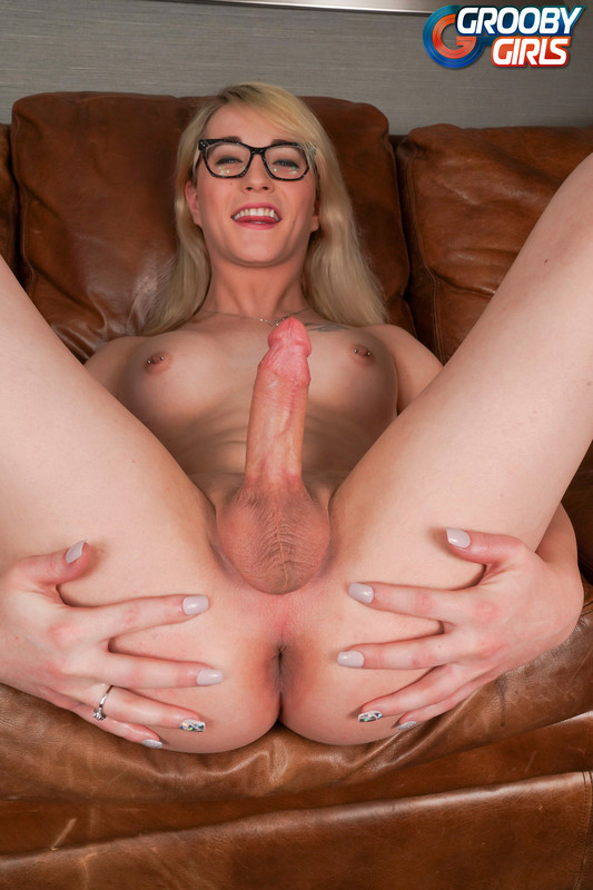 Candy Marie Cums For Us! (26 July 2018)