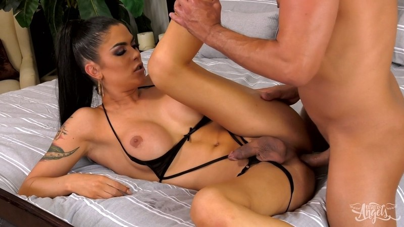 [TransAngels.com] Domino Presley - Domino Presley Putting the D in Dinner
