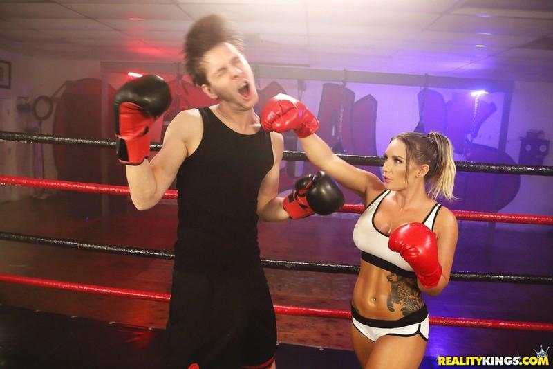 [MonsterCurves.com] Cali Carter - Bodacious Boxer