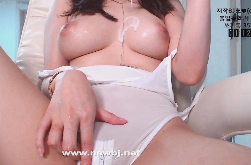 花很多錢錄來的韓國妹裸訊顏質真的高