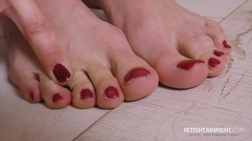Vivian's sweaty feet - FULL HD WMV