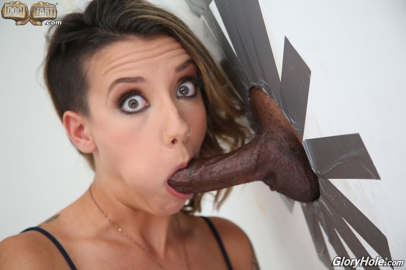 [GloryHole.com]  - Sophia Grace - And Big Black Cock