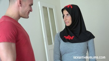 Aria Rossi SexWithMuslims