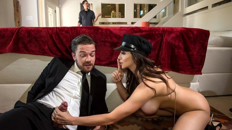 [RealWifeStories.com] Ariella Ferrera - Lick My Limo