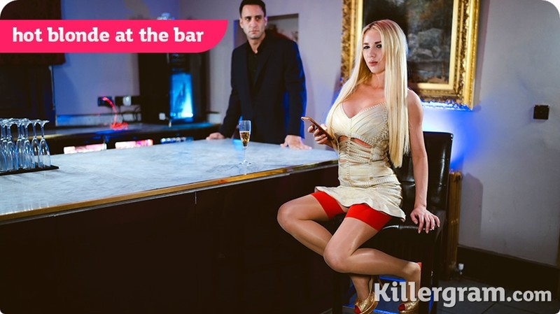 [Pornostatic] Lucy Sky - Hot Blonde At The Bar