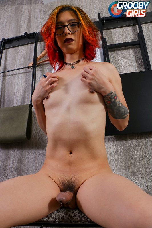 Alex Raven Strokes Her Hard Pierced Cock (18 August 2018)