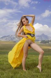 Milena - Yellow Blues - x90 (27-08-2018)