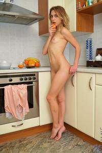 Clarise-Sweet-Taste--a7aheu71pe.jpg