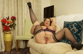 Eva J - British Mature Housewife