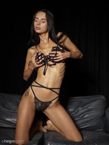 Dita-Black-On-Black--l7aiio5foc.jpg