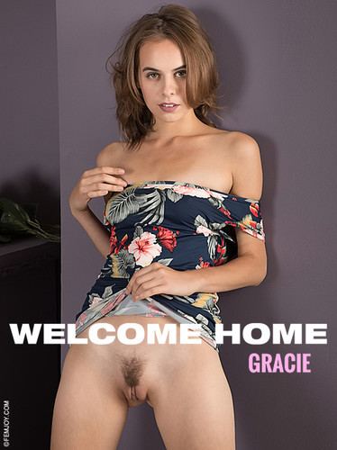 FemJoy Gracie Welcome Home