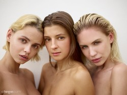 Ariel Marika Melena Maria - Nude Models - 34 pictures - 11608px (3 Sep, 2018)