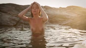 Naked Glamour Model Sensation  Nude Video G934j3vh827m