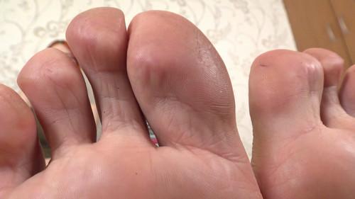 Kate & Eva - don't joke about big feet (POV) Full HD