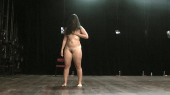 Celebrity Content - Naked On Stage - Page 9 Bvea74rerwqz