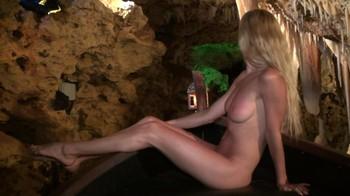 Naked Glamour Model Sensation  Nude Video Xyjunjalo1r0