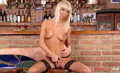 Natali on the bar - Natali Blond - puffynetwork.com