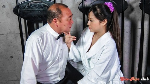 Naked housewife, superb Asian blow job on cam - Mizuki Ogawa - javhd.com