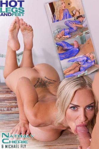 Barefoot Cum Shower - Nathaly Cherie (HotLegsAndFeet.com-2018-08-07)