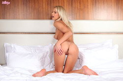 Anelli blonde from twistys-x6r51pefyr.jpg