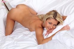 Anelli blonde from twistys-76r51pjq2d.jpg