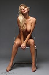 Hayley - See me-n6r57rqcev.jpg
