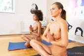 Luna Corazon Tina Kay Yoga girls interracial threesome 114 pics 2667x4000-y6r6d8jpty.jpg