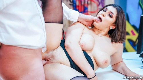 July Johnson - Curvaceous July Johnson Debuts As Horny Receptionist -  (TightAndTeen.com-2018)