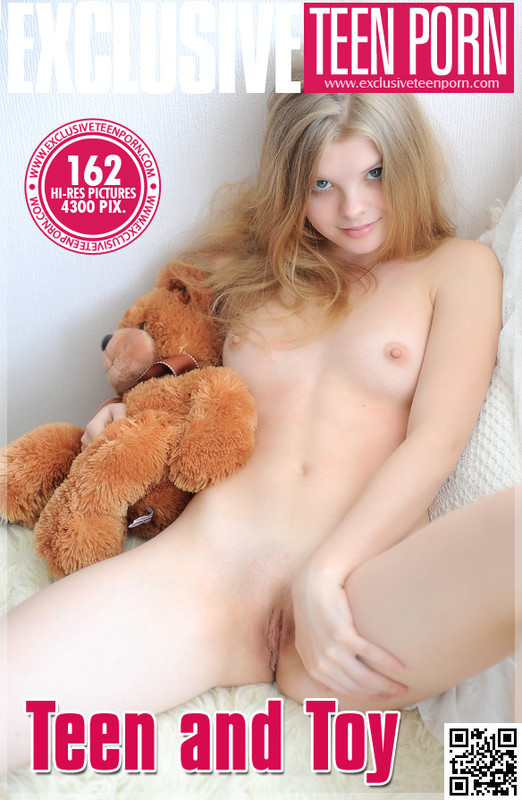 Kisa - Teen And Toy (2014-11-01)