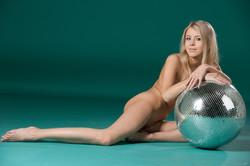 Barbara-D-Mirror-Ball--p7avb74zdw.jpg