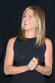 Jennifer-Aniston-seethrough-pics-26rmmitci6.jpg