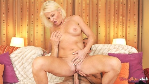 Golden Girl Glory - Anett - 21sextreme.com