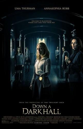 Korytarzem w mrok / Down A Dark Hall (2018) PL.480p.WEB-DL.XViD.AC3-MORS [Lektor PL]