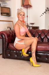 Lu Elissa - Stay and stripn7be5kelif.jpg
