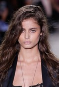Taylor Marie Hill seethrough @ the catwalk 76rre9f7xe.jpg